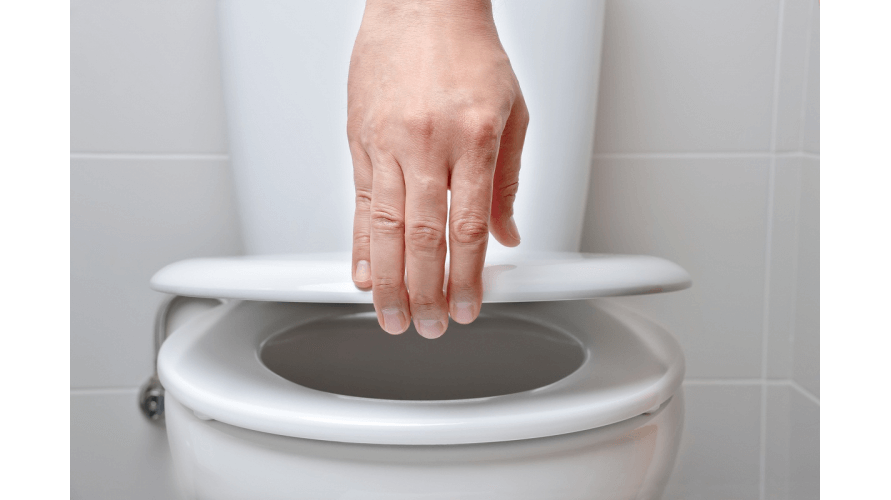 Dlaczego warto wybrać do WC deskę wolnoopadającą?